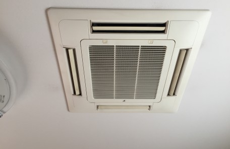 家庭用4方向エアコン