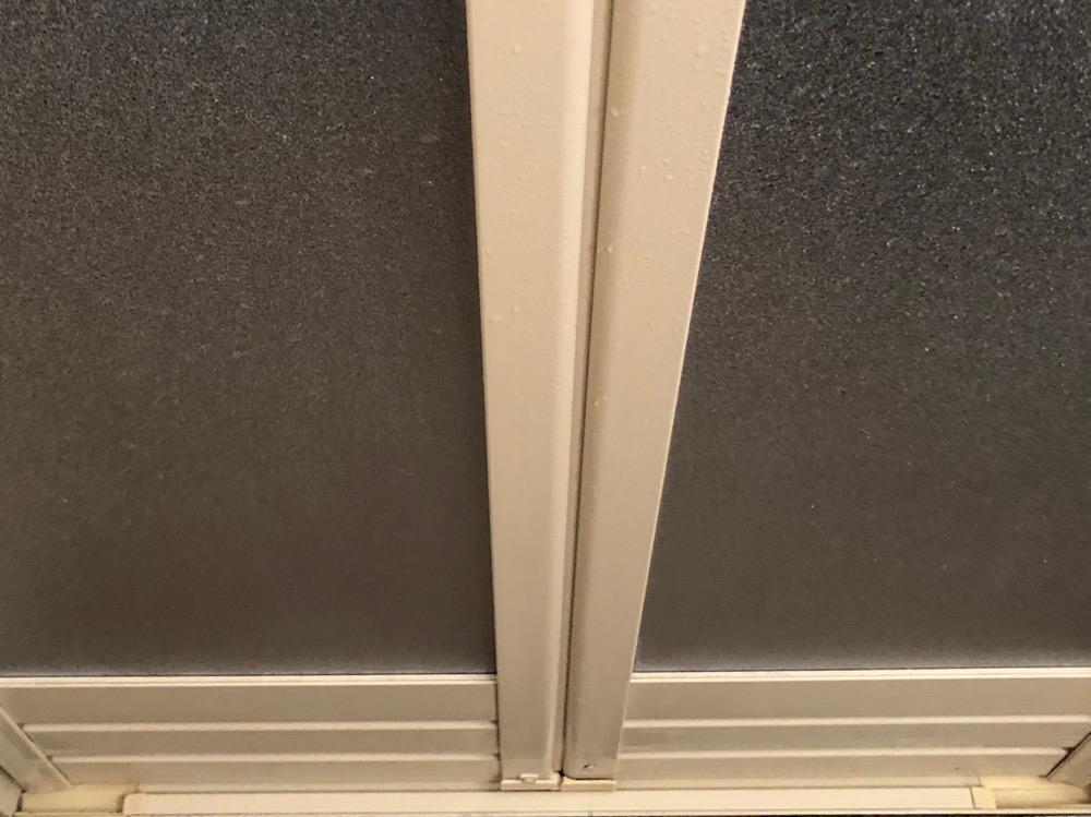 浴室ドア洗浄後